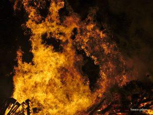 burning teahouse
